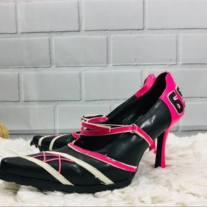 Splash Fashion Footware Pink and Black Heels 7 1/2